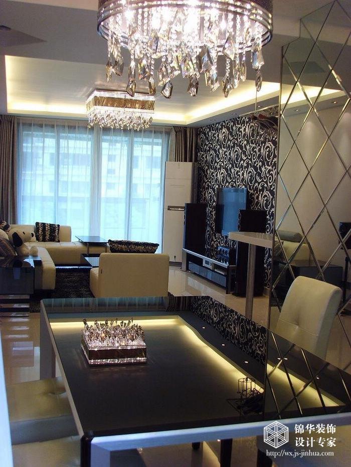 绿地香颂 二居室 80㎡ 客厅装修效果图 自己设计127平米